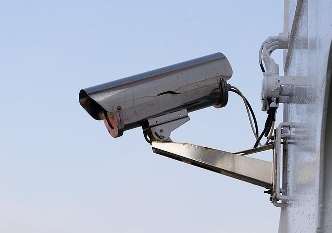 Chelsea ofrece subsidios a negocios pequeños para instalar cámaras de seguridad