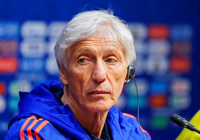 La molestia de Pékerman con los medios tras su salida de la Selección