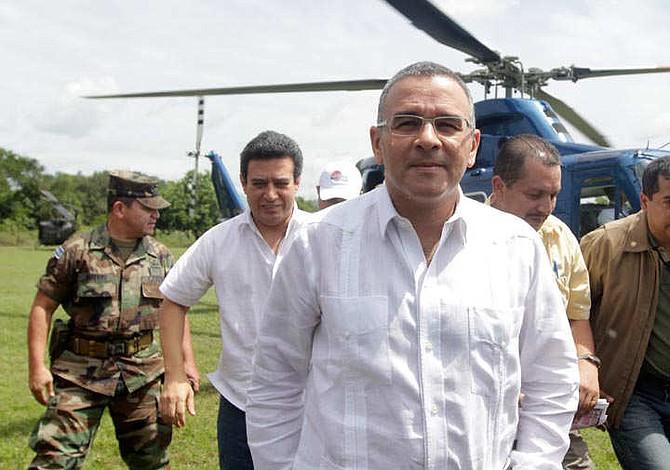 Fiscalía investiga a expresidente Funes por desvío de $10 millones a su partido