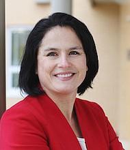 Karla Silvestre. Directora de Asuntos Comunitarios del Montgomery College, se lanza para la Junta Escolar de Montgomery.