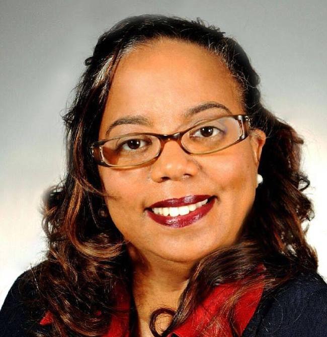 Deni Taveras.  La delegada estatal por el distrito 2 del condado Prince George's, de padres dominicanos, asumió el cargo en  desde 2015 y ahora busca la reelección