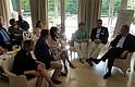 CONVERSACIÓN. En una conversación con líderes empresariales, David Trone explicó detalles sobre su plataforma de campaña al Congreso.
