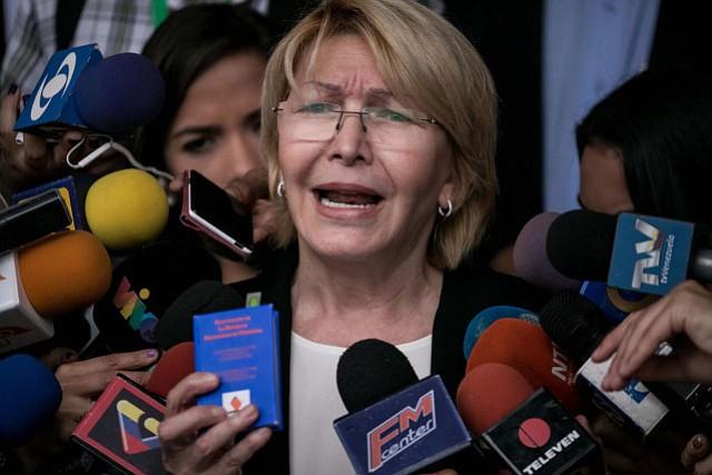 Exfiscal venezolana pide a Bachelet atender la crisis venezolana