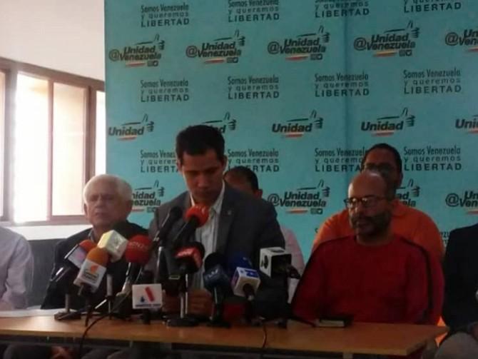 VENEZUELA. El parlamentario ofreció una rueda de prensa para hablar del asunto
