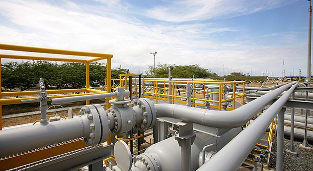 COLOMBIA - Suspenden el gas natural para industria y vehículos en centro del país.