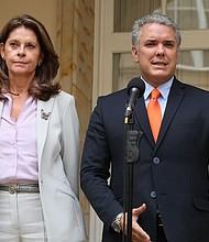 COLOMBIA. El presidente electo, Iván Duque y su vicepresidenta, Marta Lucía Ramírez tras reunión con el mandatario Juan Manuel Santos