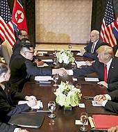 Las sanciones continuarán sólo se levantarán con la desnuclearización completa. Trump: Queda mucho trabajo por delante, la paz amerita esos esfuerzos