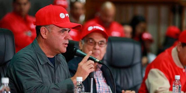 """VENEZUELA - General Manuel Quevedo, presidente de Pdvsa junto al """"presidente honorario"""" de Pdvsa, Alí Rodríguez"""