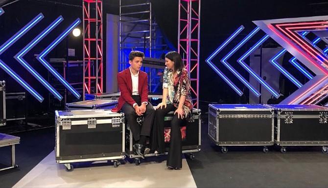 MÚSICA. Laura Pausini junto a su pupilo del programa The X Factor