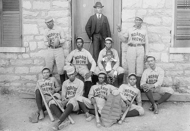 Jugadores de béisbol afroamericanos de Morris Brown College. Impresión fotográfica, 1899 o 1900. División de Grabados y Fotografías, Biblioteca del Congreso
