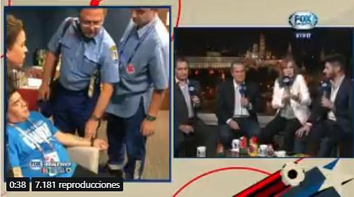 Maradona fue trasladado a un centro de salud luego de la victoria de Argentina (Video y fotos)