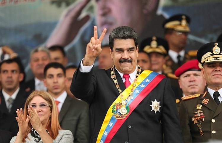 Machado a Maduro: