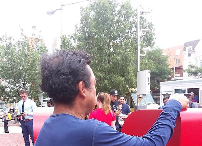 Tres inmigrantes cuentan qué harán ante el fin del TPS