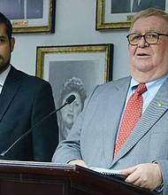 EL SALVADOR - Gobiernos del partido oficialista FMLN han tenido $8,686 millones en préstamos y bonos