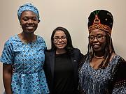FISCAL. La salvadoreña Violeta Olivares (centro) premiada en Washington por su lucha contra la trata de personas, junto a una compañera de Camerún y otra de Nigeria