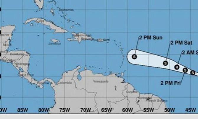 Tormenta tropical Beryl antes de debilitarse en camino al Caribe podría llegar a huracán