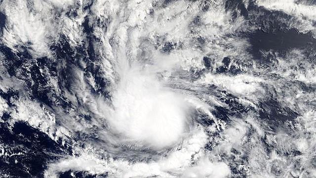 CLIMA. Fotografía facilitada por la NASA muestra la depresión de los trópicos camino de convertirse en el huracán Beryl, sobre el Caribe, hoy, 6 de julio de 2018