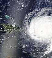 """Los expertos vaticinan un """"fortalecimiento adicional"""" de Chris, por lo que pueden convertirse en huracán en las próximas horas."""
