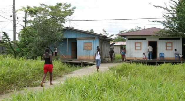 Emergencia por desplazamiento forzado de más de 400 personas en el suroeste de Colombia
