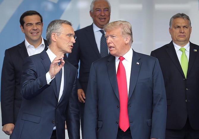 """Trump en cumbre de la OTAN: """"Alemania es prisionera de Rusia"""""""
