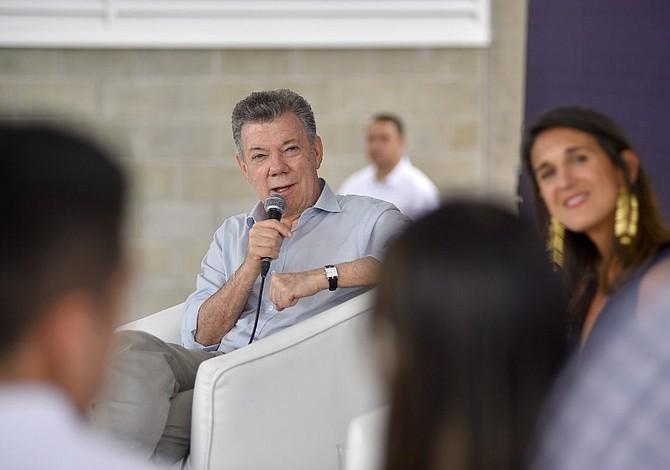 Juan Manuel Santos dice que inversión en educación en Colombia creció 80 % en su Gobierno