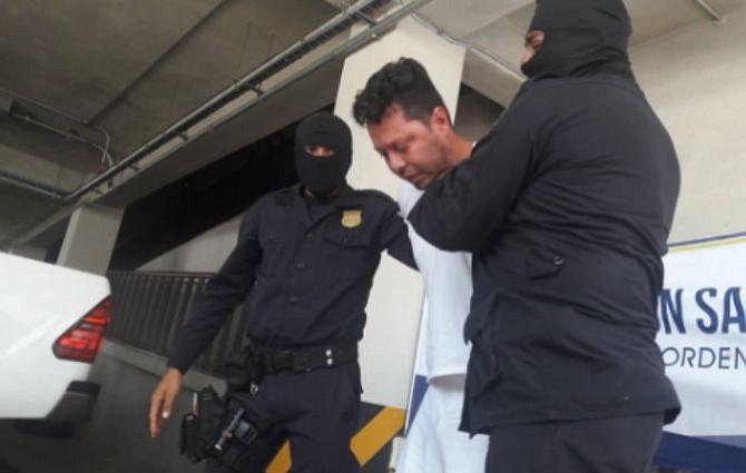 Policía de El Salvador captura a Ronald Atilio Urbina por asesinato de Jocelyn Abarca