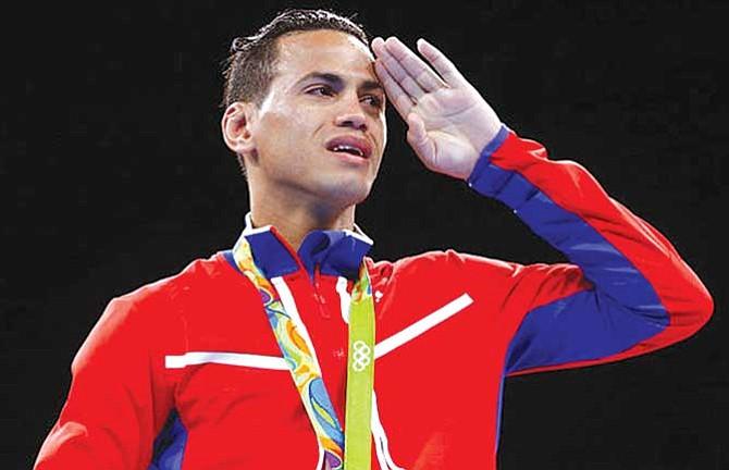 Bicampeón olímpico cubano desertó en México