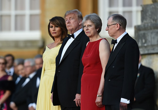 Trump dice que no habrá acuerdo comercial con el Reino Unido de avanzar el brexit