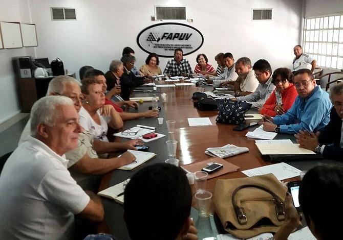 Profesores universitarios de Venezuela cumplieron 48 horas de paro