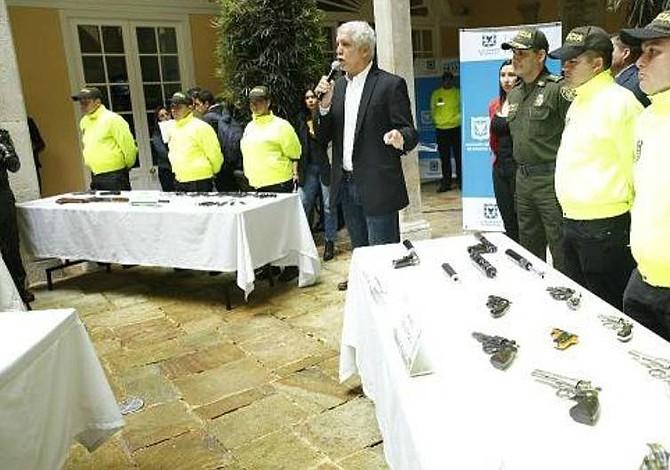 12 capturados en operación contra el tráfico de droga en Colombia