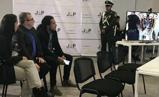 Timochenko es el primero en llegar a la diligencia de la JEP en Colombia