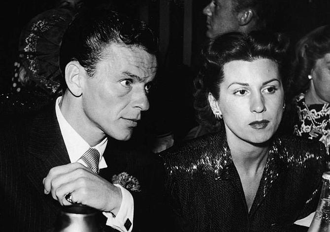 ESPECTÁCULO. Nancy y Frank Sinatra