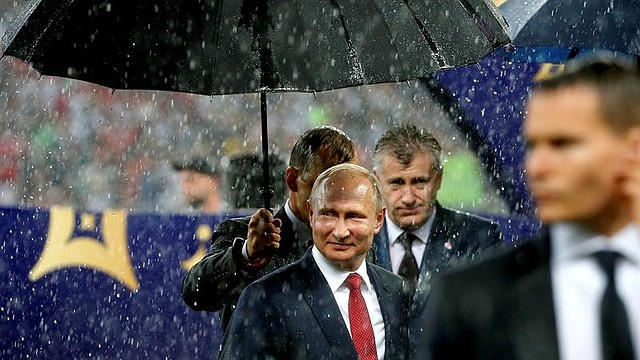 MUNDIAL. Vladimir Putin, presidente de Rusia, durante la premiación de la Copa del Mundo
