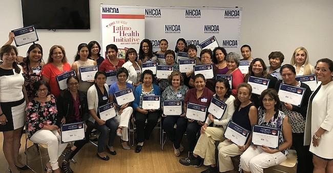 Respaldado por el Condado de Montgomery, a través de la oficina de la Iniciativa de Salud Latina (LHI), NHCOA sumó 35 nuevas promotoras de salud pública a su red nacional de líderes quienes tendrán el compromiso de incentivar la participación de sus comunidades de cara a las elecciones de noviembre próximo.