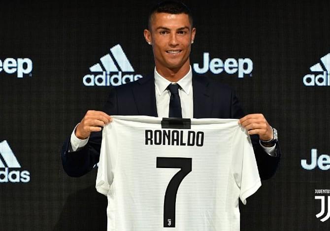 [FOTOS] Cristiano comenzó oficialmente su era en la Juventus