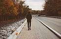 EEUU. El hombre caminó porque su auto se averió