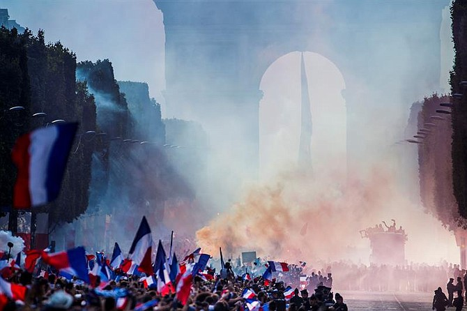 FRANCIA. Celebración en Paris por la victoria en la Copa del Mundo
