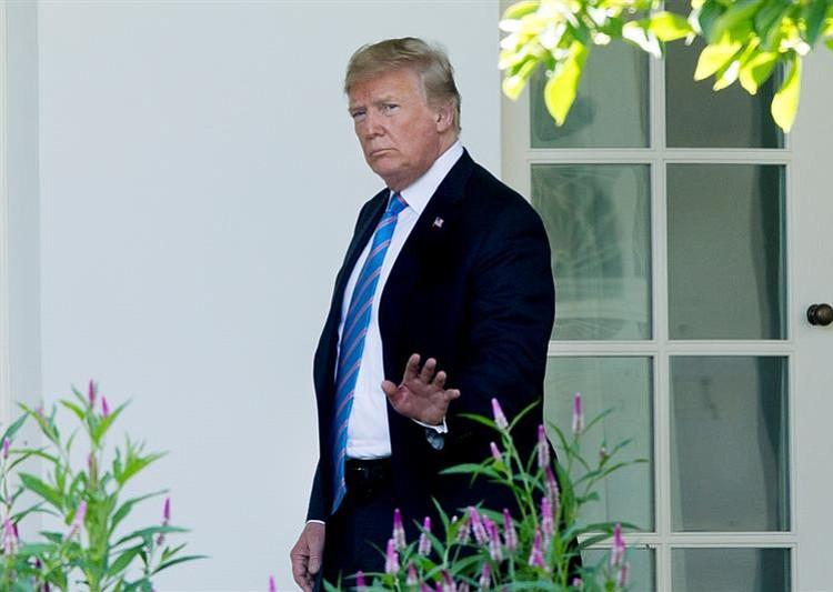 Trump se reunirá con la UE y amenaza con castigos en vehículos