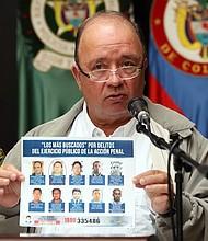 """JUSTICIA. Ministro de Defensa de Colombia, Luis Carlos Villegas confirma la captura de Gustavo Angulo Arboleda, alias """"Cherry"""", presuntamente implicado en el secuestro de los tres miembros del equipo periodístico del diario ecuatoriano El Comercio"""