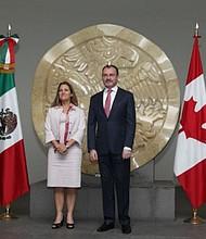 ENCUENTRO. Los cancilleres de Canadá y México se reunieron