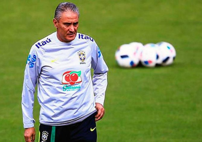 Tite renueva su contrato como seleccionador de Brasil