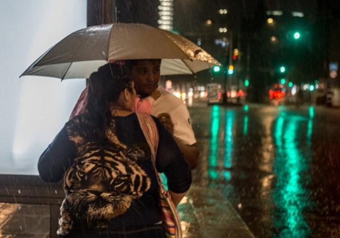 Autoridades de Ciudad de México activan alerta amarilla por fuertes lluvias