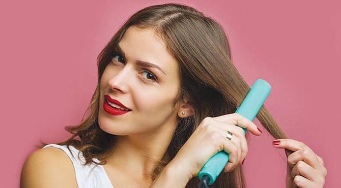 NECESARIO. Elige una alisadora adecuada para tu tipo de cabello y usa una temperatura diferente según tu tipo de cabellera.