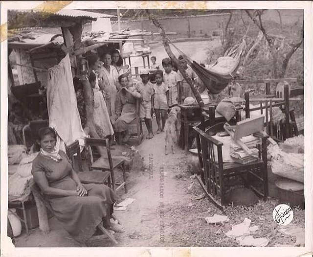 En casi todos los pueblos de Lara que fueron alcanzados por el terremoto, las familias se vieron obligadas a pernoctar en la calle