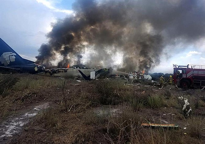Pasajero demanda a la aerolínea Aeroméxico por accidente en Durango, México