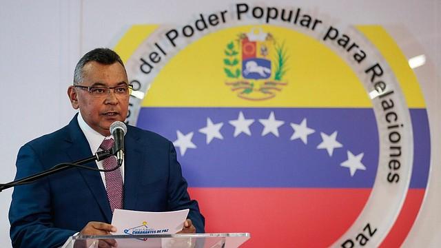 VENEZUELA. Néstor Reverol, ministro de Interior de Nicolás Maduro destituido por el Parlamento, con mayoría opositora, mediante una moción de censura. Sin embargo, la remoción no fue ejecutada, así como ninguna orden del Poder Legislativo en funciones, por decisión del régimen