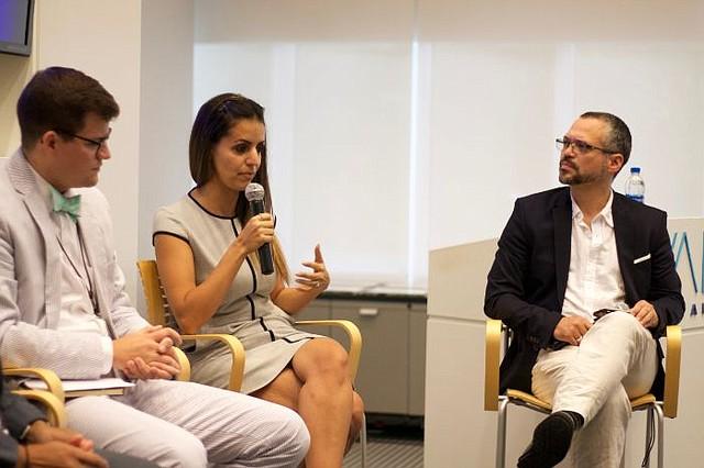 PRIVACIDAD. Durante el foro, los panelistas expertos insistieron en la necesidad de educar a la sociedad sobre la importancia proteger su privacidad con la ayuda de nuevas tecnologías digitales