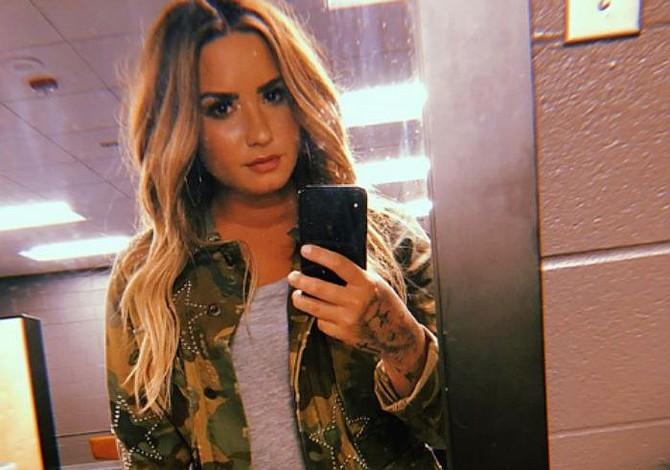 Ingresan a Demi Lovato a un centro de rehabilitación