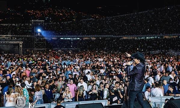 La siguiente semana NODAL, estará en Bogotá realizando un tour de promoción por los medios de comunicación de esta ciudad y el próximo 10 de agosto se presentará en el Royal Center, su debut en dicha ciudad.