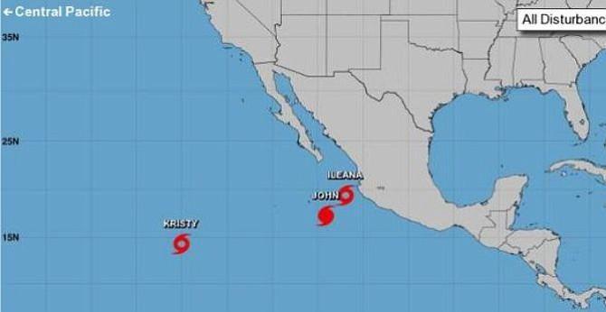 Un huracán y dos tormentas tropicales avanzaban por el Pacífico